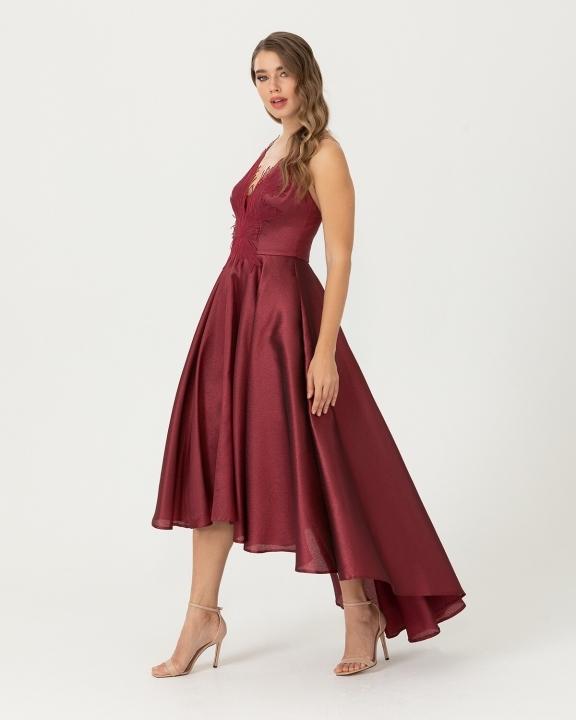 Önü Kısa Arkası Uzun Yaka Detaylı Jakarlı Elbise-Bordo