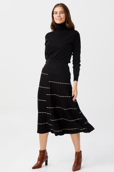 On Fashion - YATAY ÇİZGİLİ MİDİ BOY TRİKO ETEK-SİYAH