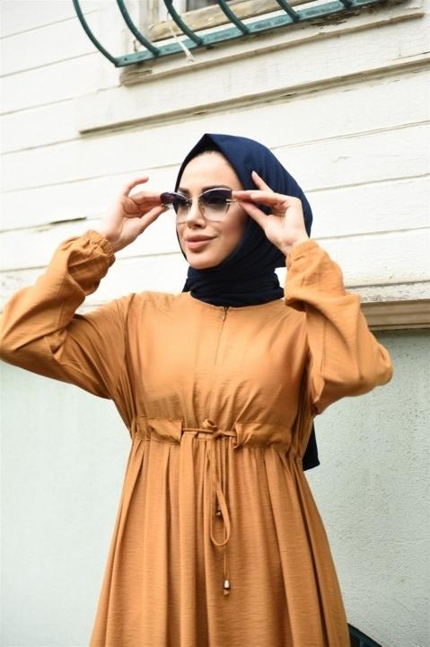 NEWAYS Süs Bağcıklı Krep Elbise Camel - Thumbnail