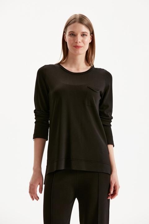 On Fashion - Sıfır Yaka Cep Detaylı Bluz-Siyah