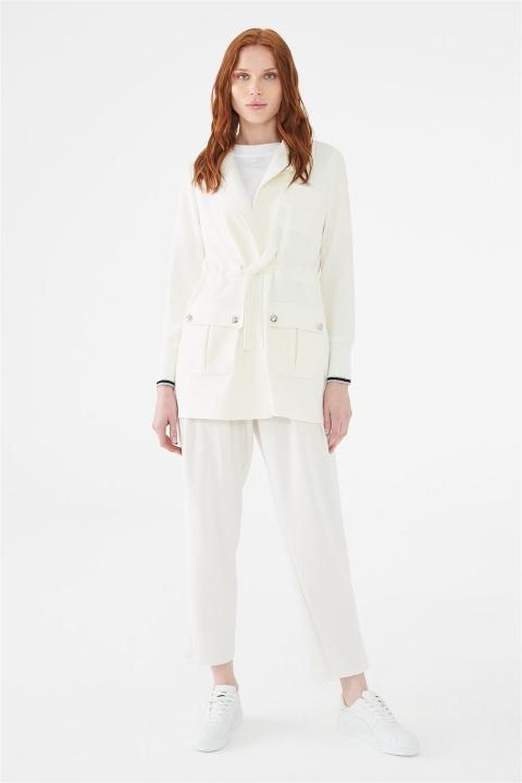 ZÜHRE Kelebek Yaka Beli Bağlamalı Beyaz Ceket C-0007