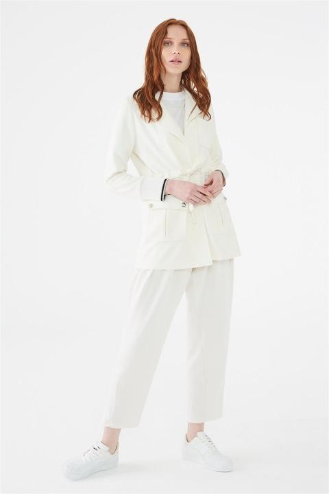 ZÜHRE Kelebek Yaka Beli Bağlamalı Beyaz Ceket C-0007 - Thumbnail
